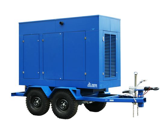 Дизельный генератор ТСС ЭД-120-Т400 в шумозащитном кожухе на прицепе
